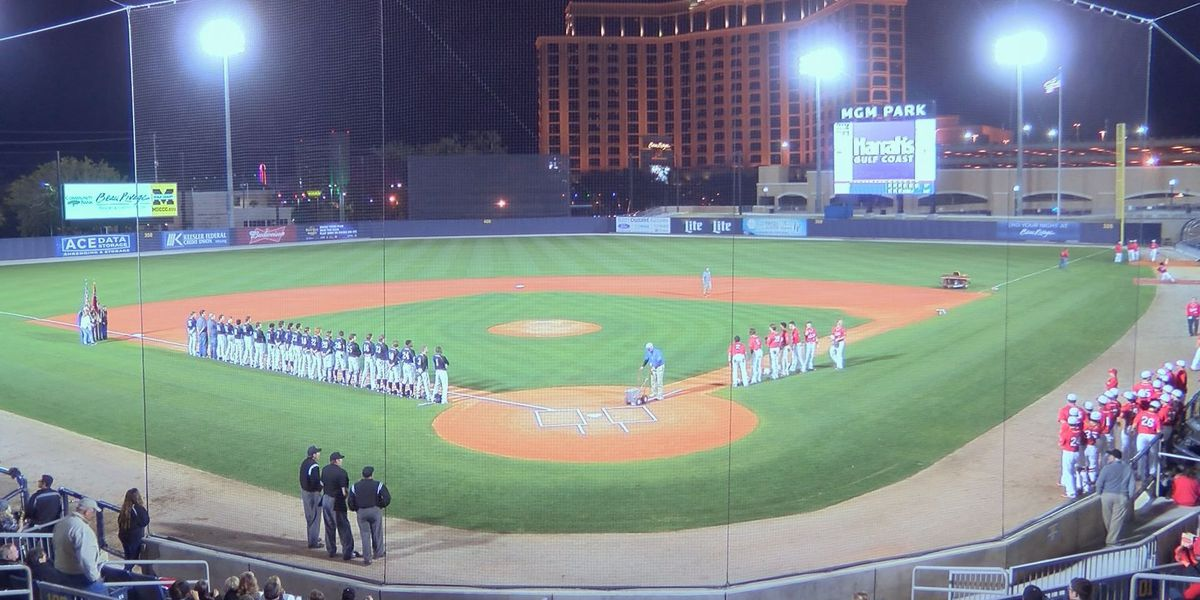 """Biloxi wins """"Battle of Back Bay"""" with 2-0 decision over D'Iberville"""