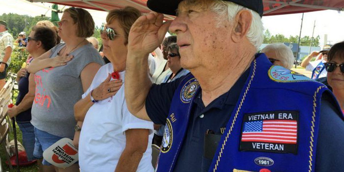 South Mississippians pause to remember our fallen soldiers
