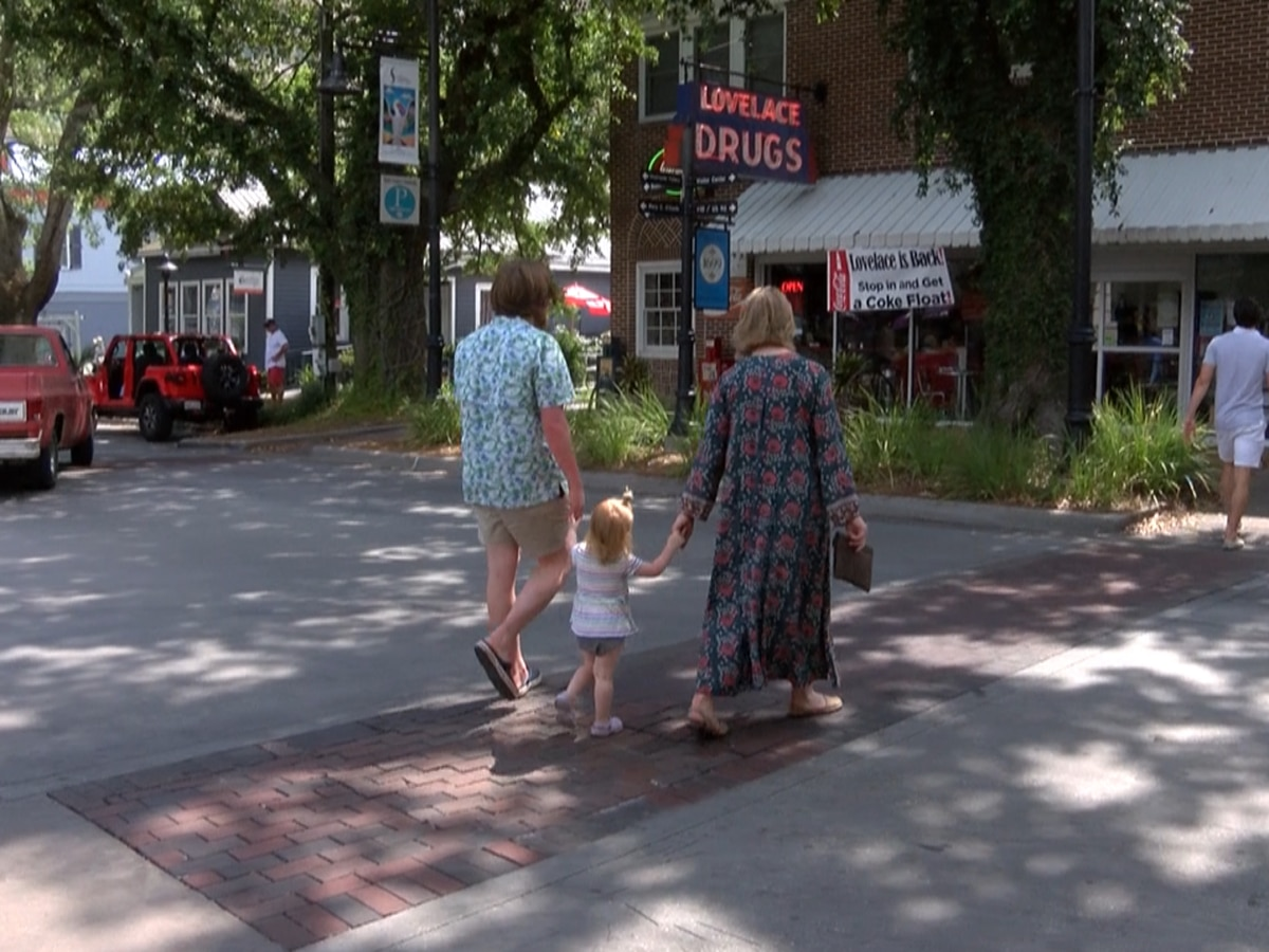 Ocean Springs eateries and shopping named best in the state for 2019