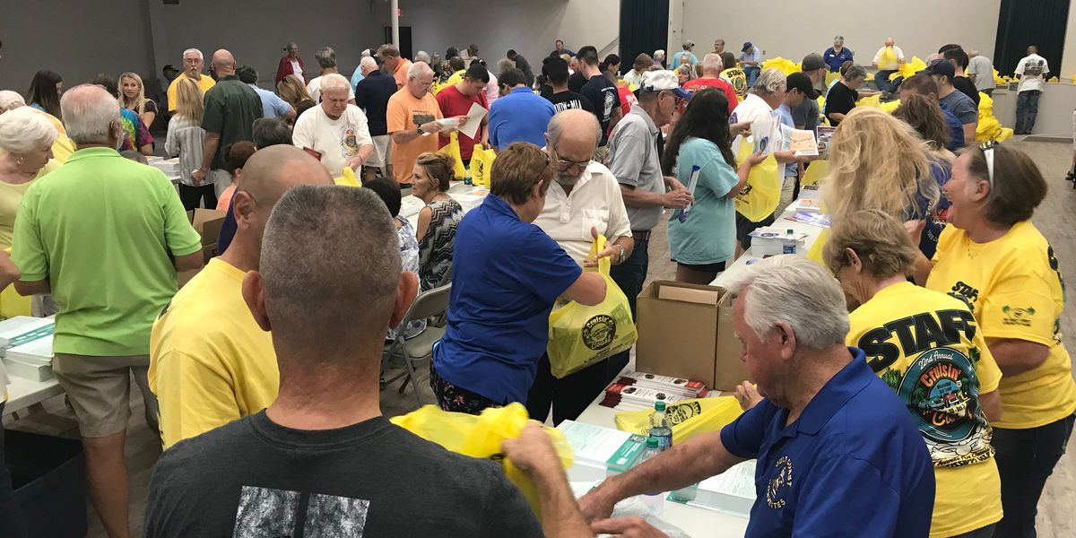 Cruisin packing party prepares for 9,000 cars