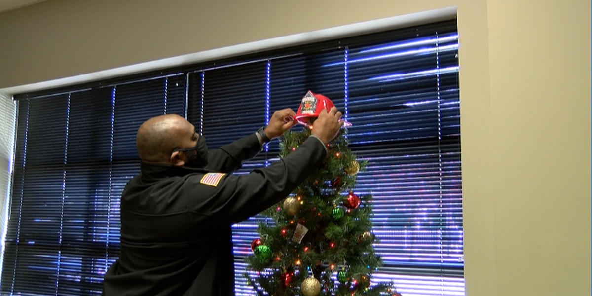 Hattiesburg firefighters give tips on Christmas tree fire safety