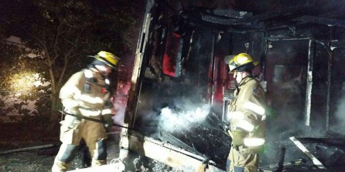 Early morning fire damages Gulfport home