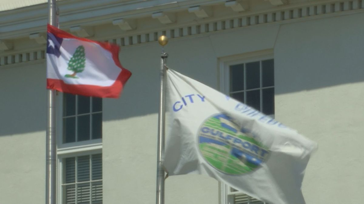 Gulfport citizens, leaders react to city's vote to remove flag