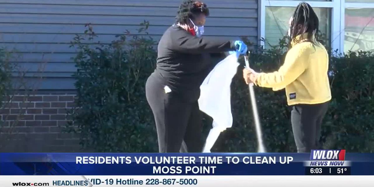 Residents volunteer time to clean up Moss Point