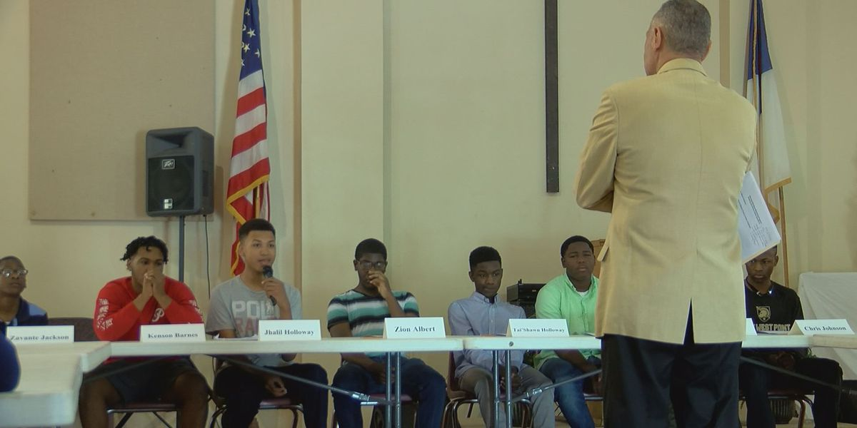 Gulfport mentoring program discusses bullying, school safety