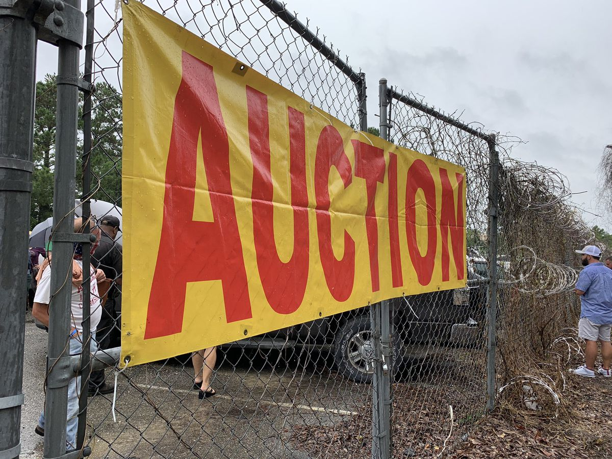 Hundreds of items sold at Biloxi auction