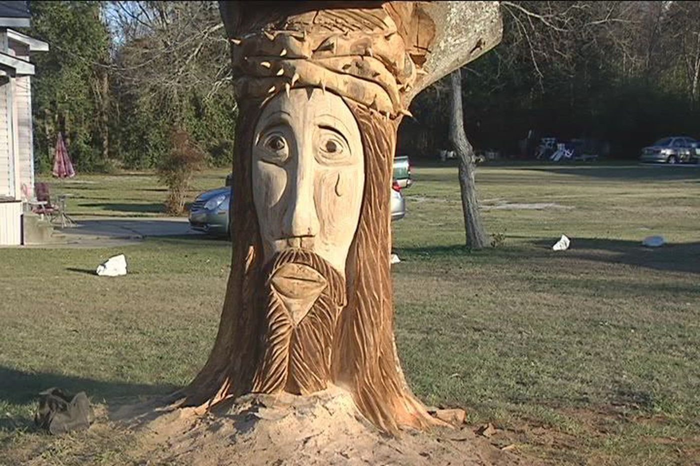 Wood carving from a dead tree stump in lido park in droitwich