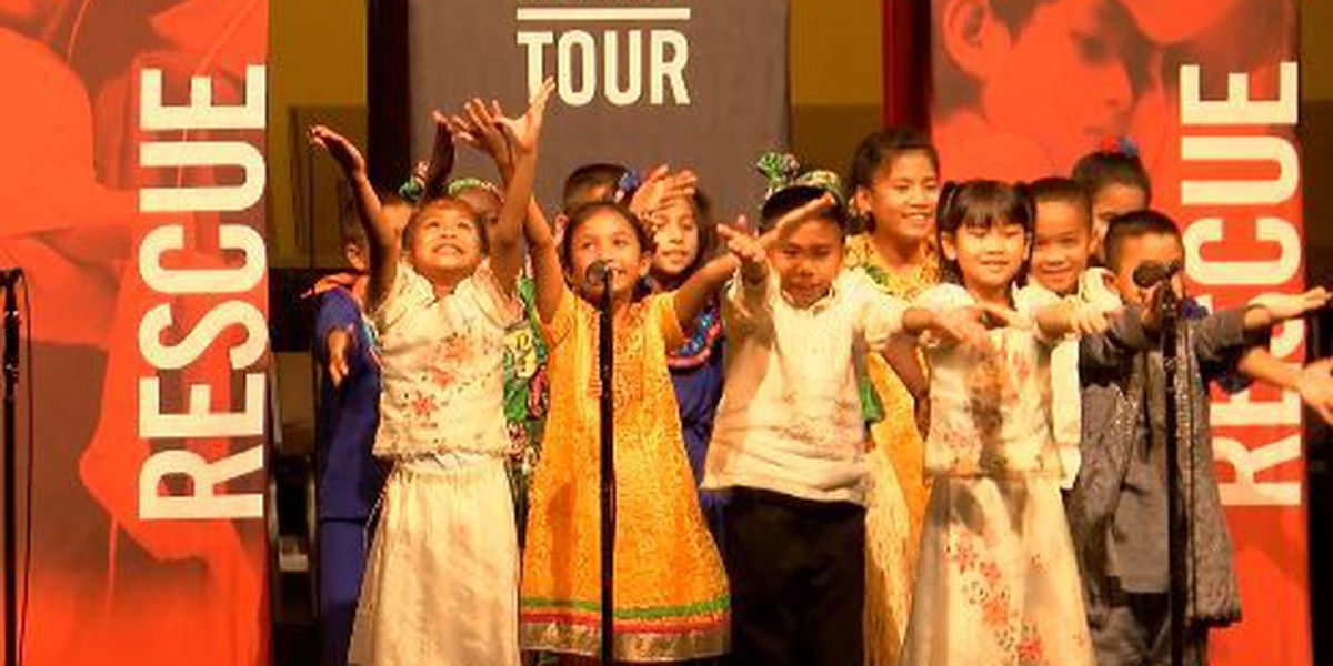 Children's choir makes stop during national tour
