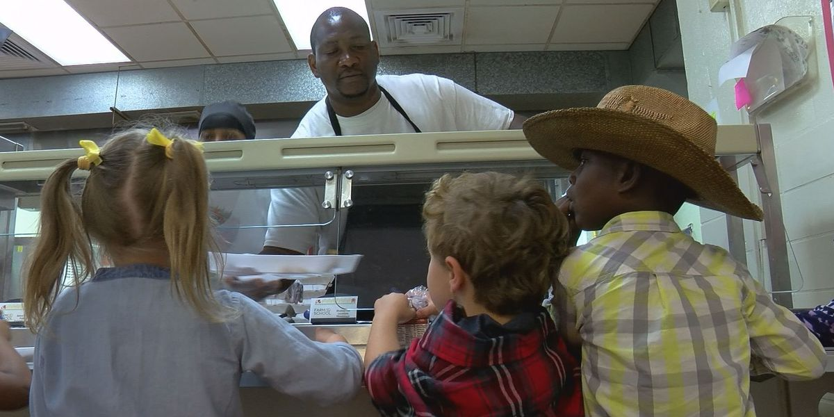 Biloxi students feast on cafeteria food grown in Mississippi