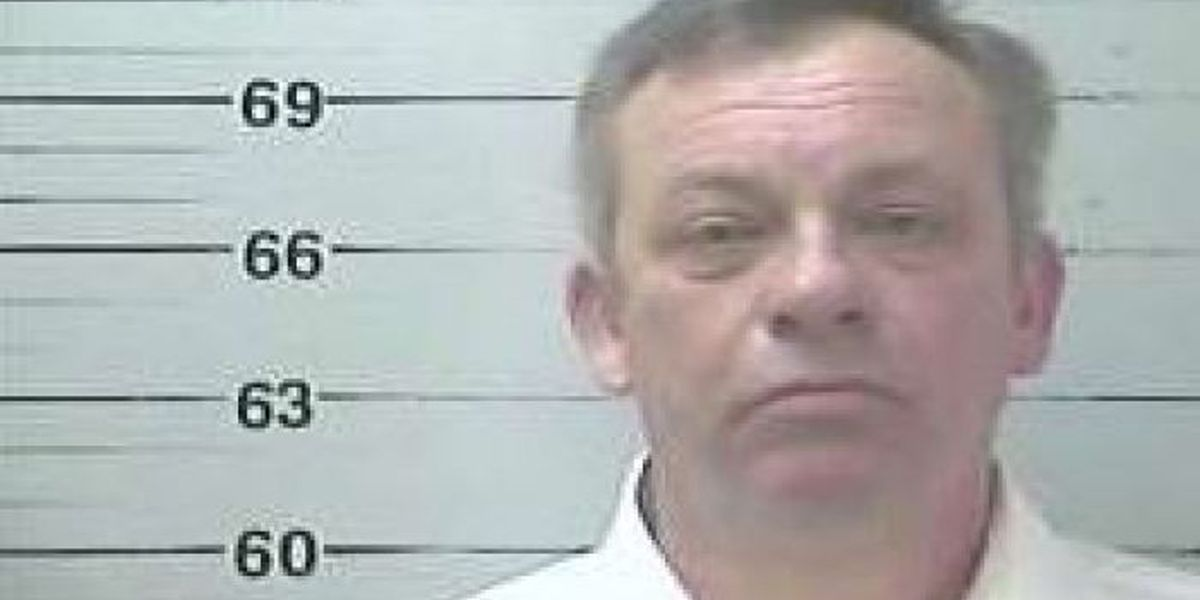 Former Diamondhead City Manager turns himself in to authorities