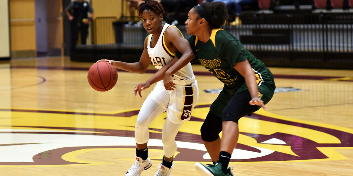 Lady Wildcats battle back to remain undefeated