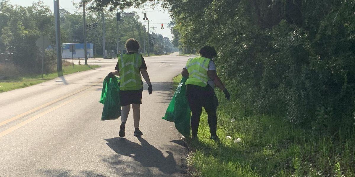 Volunteers participate in Gulfport neighborhood cleanup