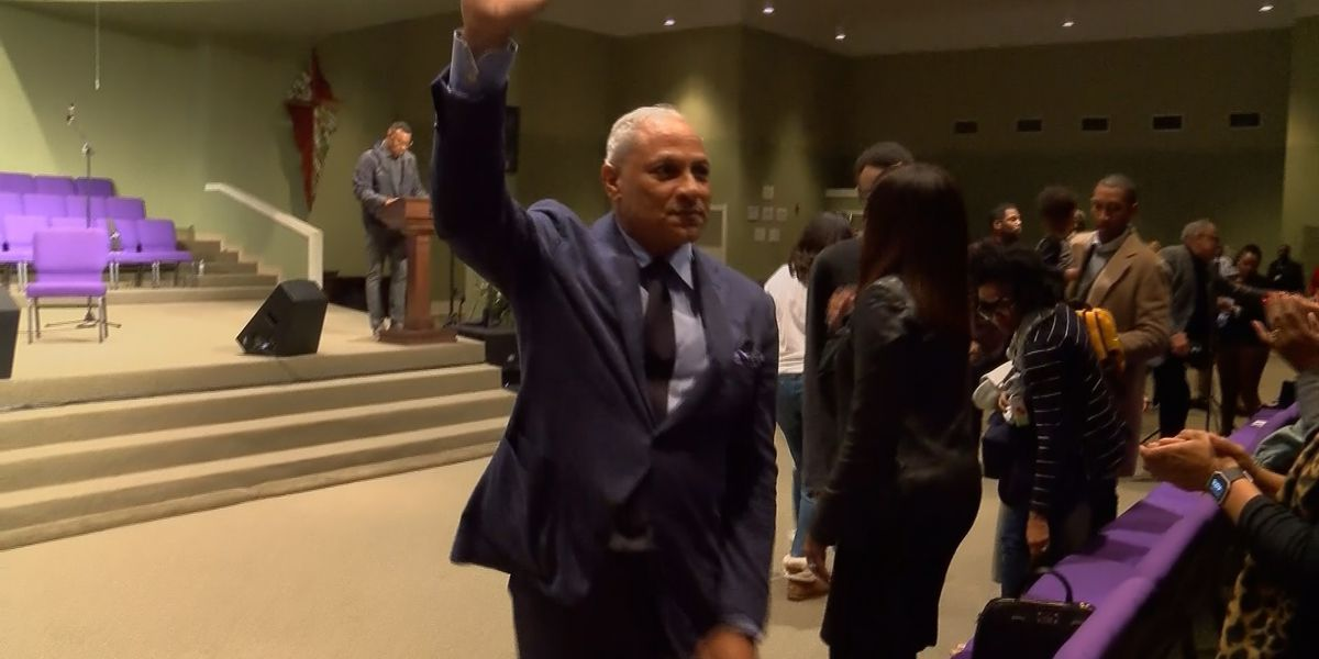 Mike Espy holds final rally on election eve