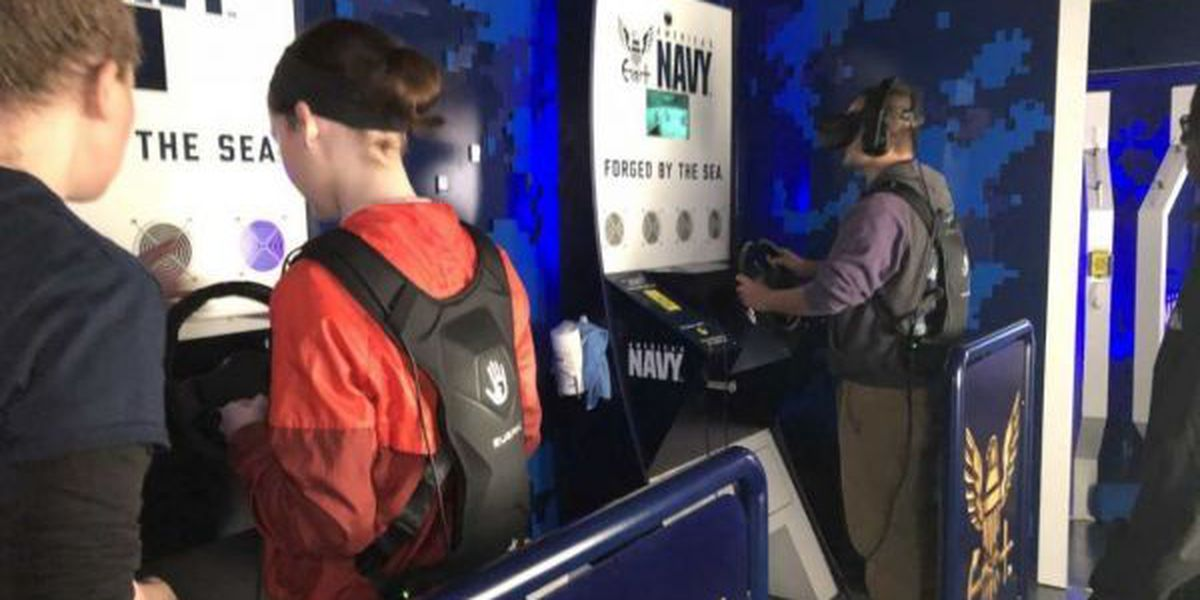 St. Martin students get high-tech lesson on Navy careers