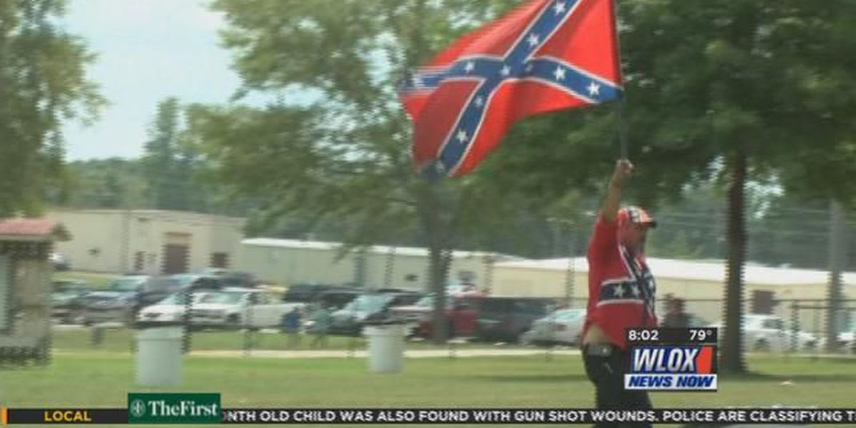 Confederate flag supporters gather in Tupelo