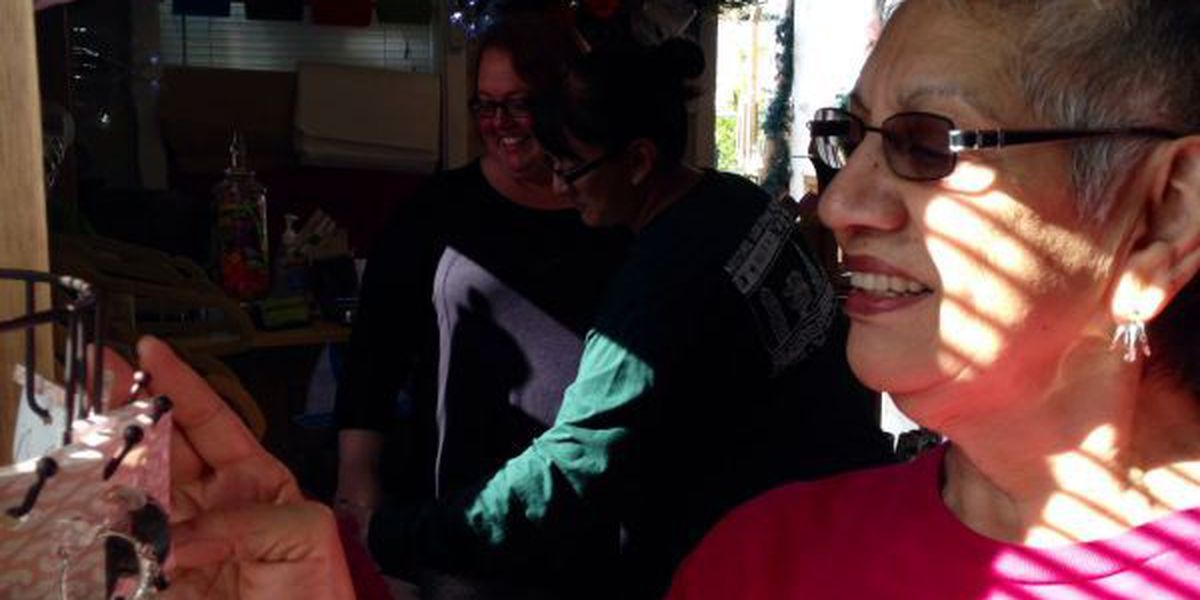 Holiday shoppers flock to Jackson Co. for Small Business Saturday