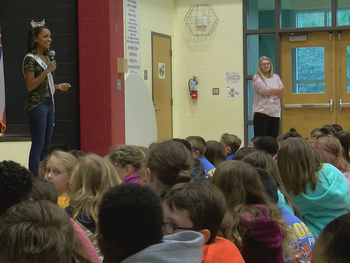Miss Mississippi encourages North Bay students to be tobacco free