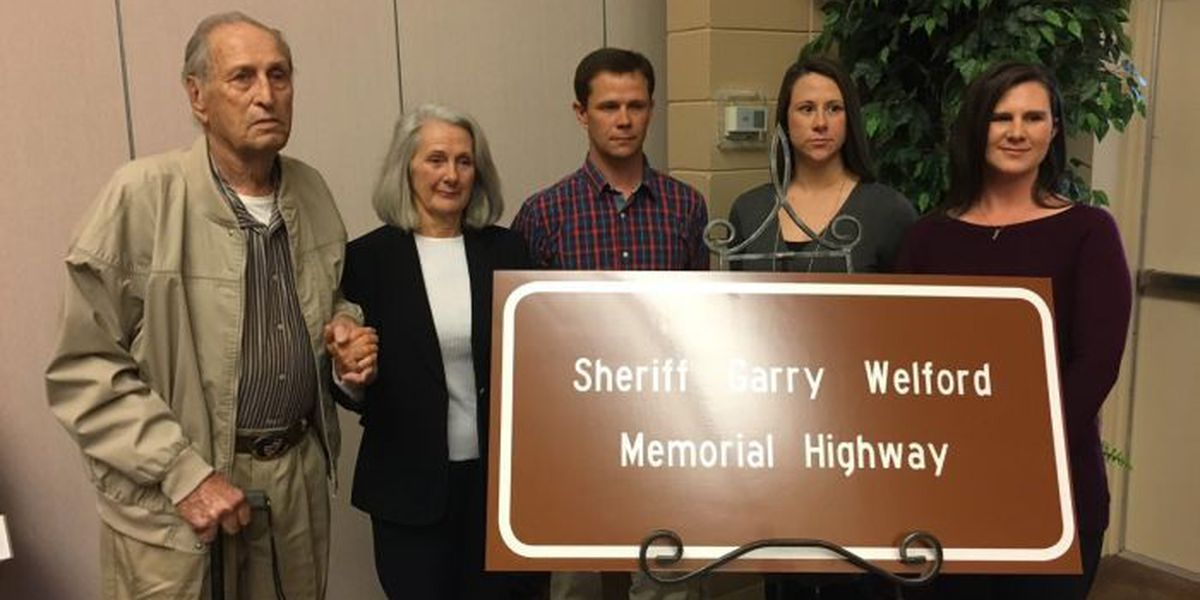 Highway dedicated in honor of sheriff killed in the line of duty