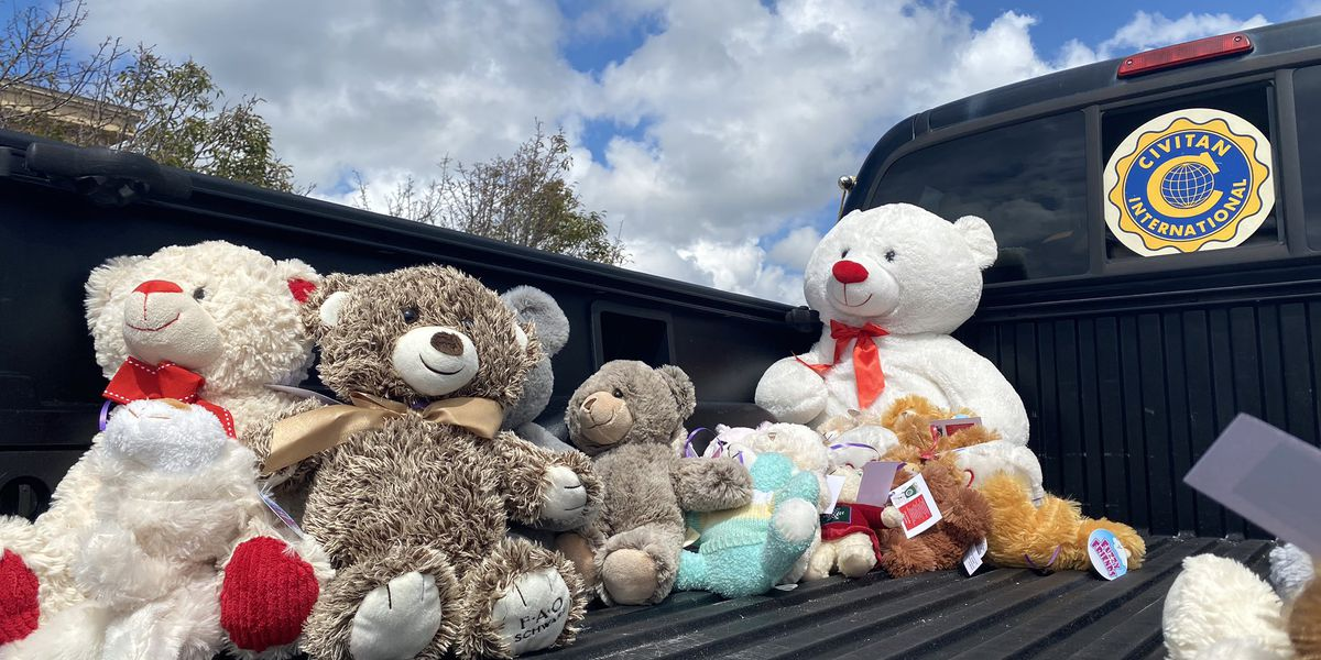 North Bay Civitan Club collects teddy bears for first responders emergency use