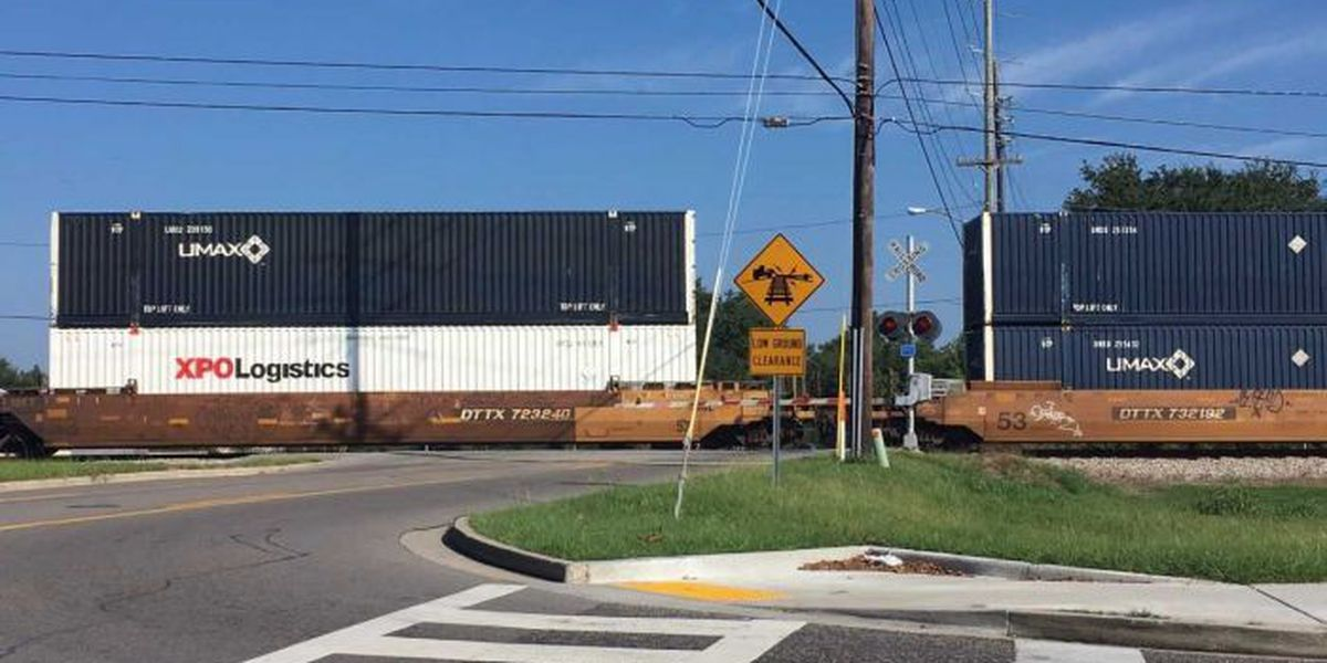 Coroner identifies pedestrian killed by train in Biloxi
