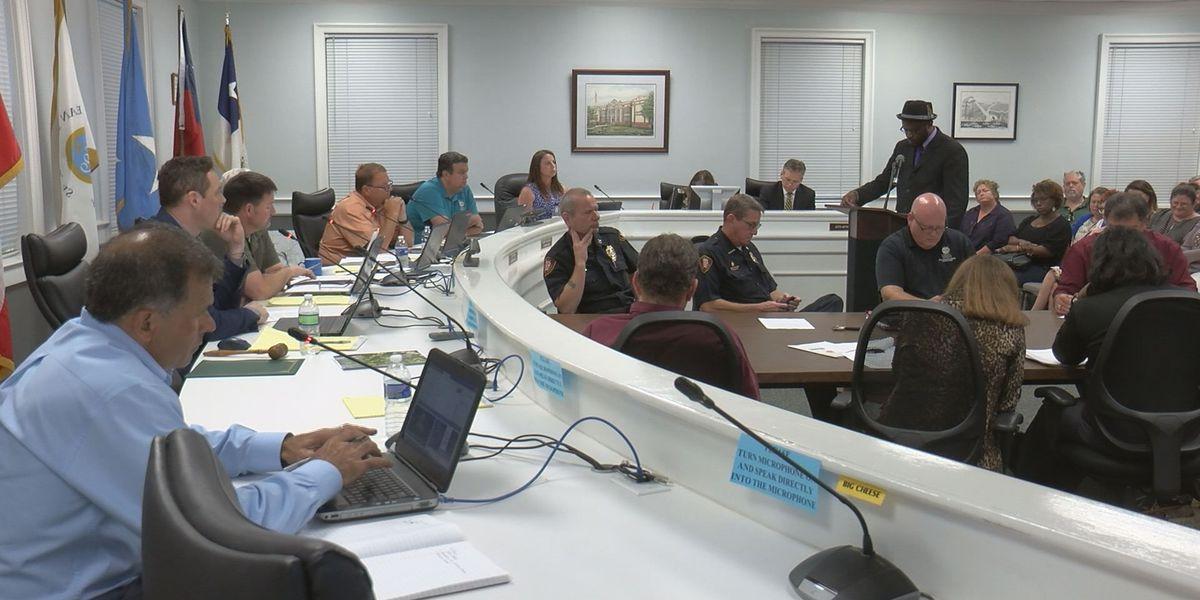 Emotions run high at Ocean Springs Board of Alderman meeting
