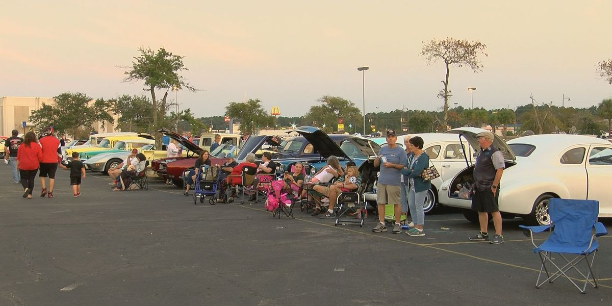 Cruisers line up in Gautier to cruise through the decades