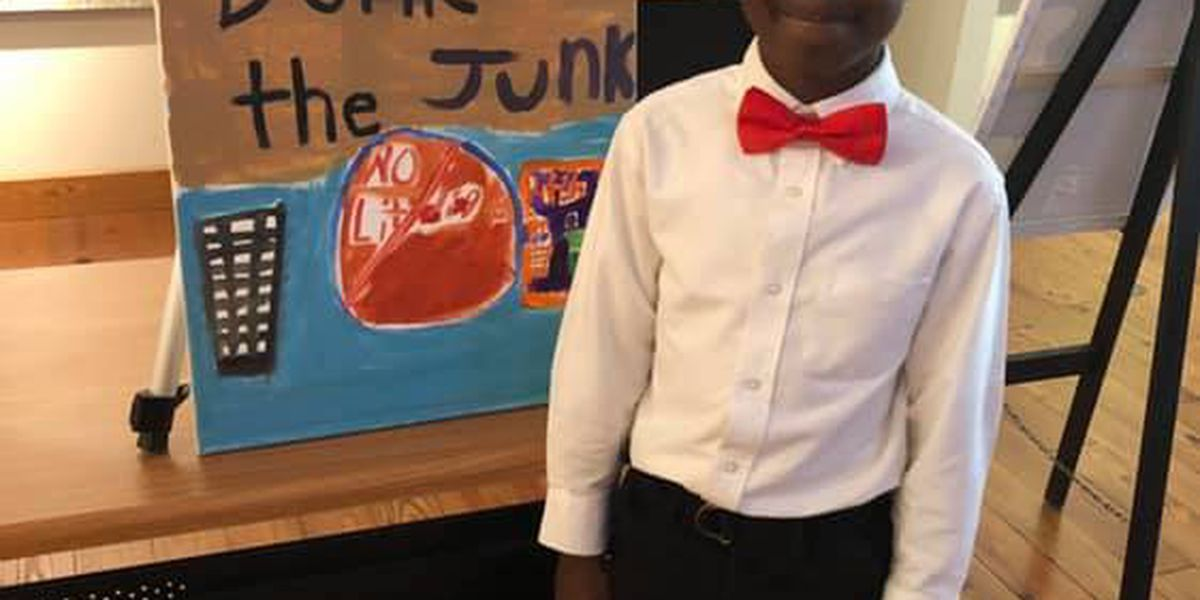 Kids present 'Saving Turkey Creek' project in Moss Point
