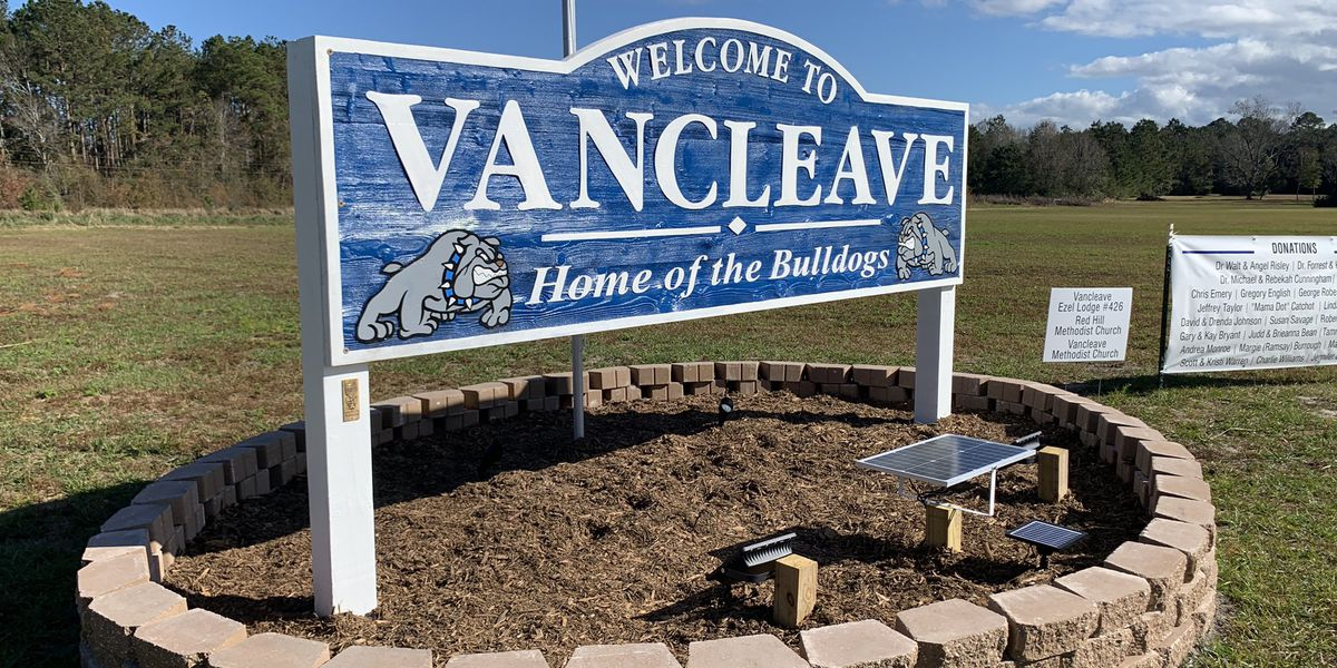 Eagle Scout project brings welcome sign to Vancleave