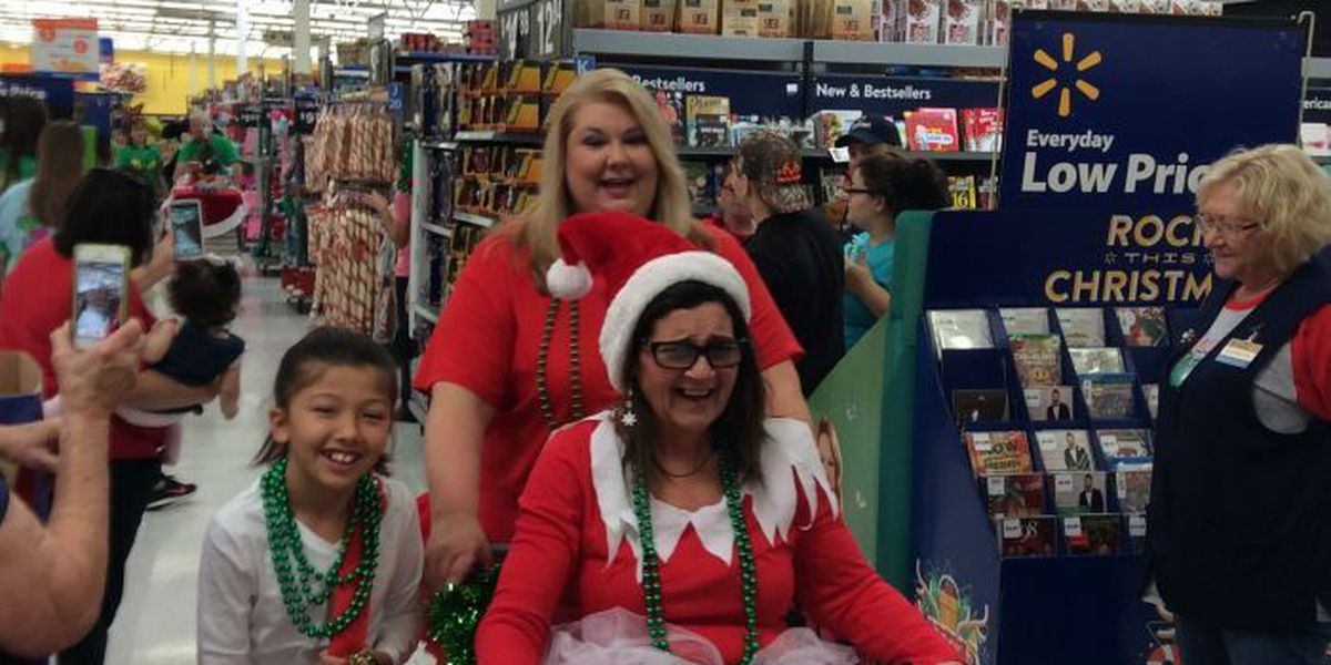Pascagoula Walmart celebrates Christmas with in-store parade