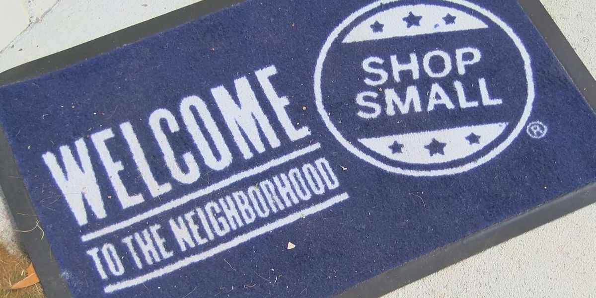 Shopper seek unique gifts for small business Saturday