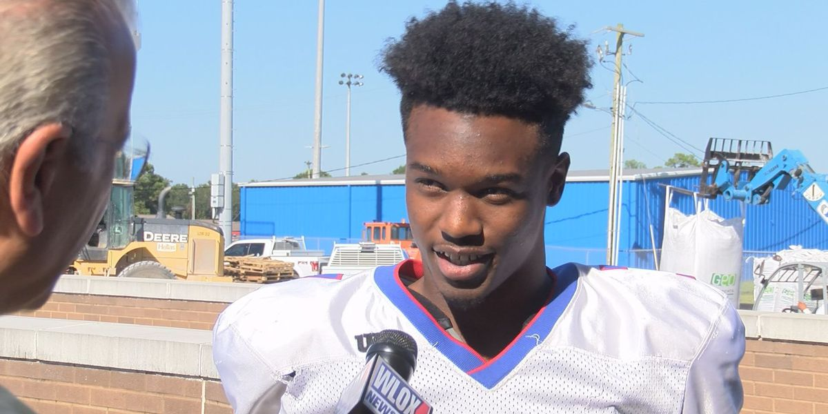 Hurricane Abney of Pascagoula is the Domino's High School Player of the Week