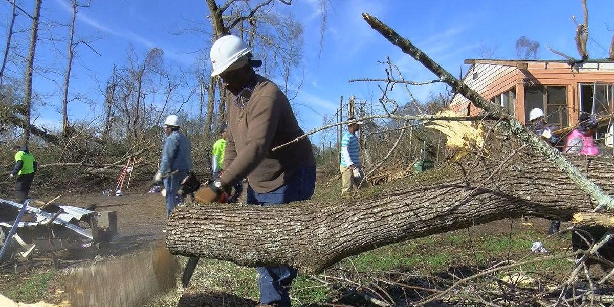 Volunteers are the backbone of Pine Belt cleanup