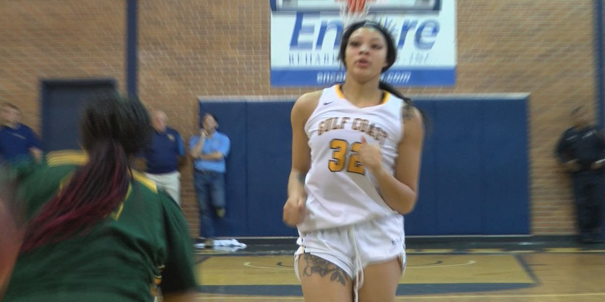 Former St. Martin Star makes debut, Lady Bulldogs down Wildcats