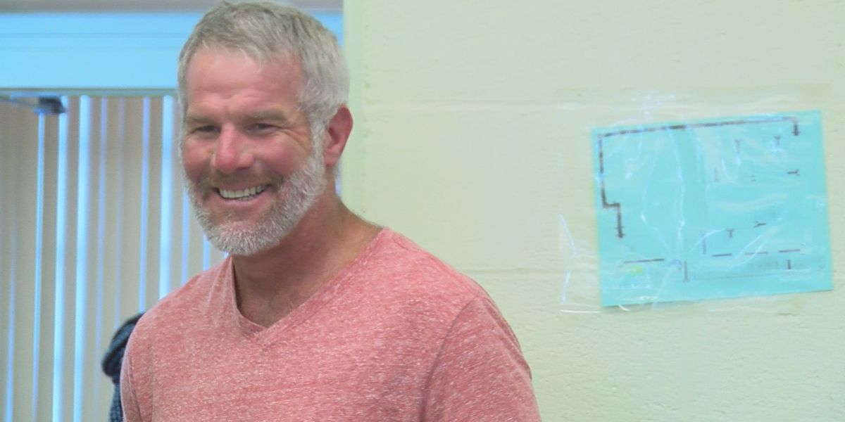 Brett Favre repays $500,000 in federal funds after being named in DHS audit
