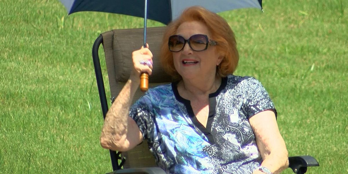 Mid-South Holocaust survivor gets special 90th birthday surprise