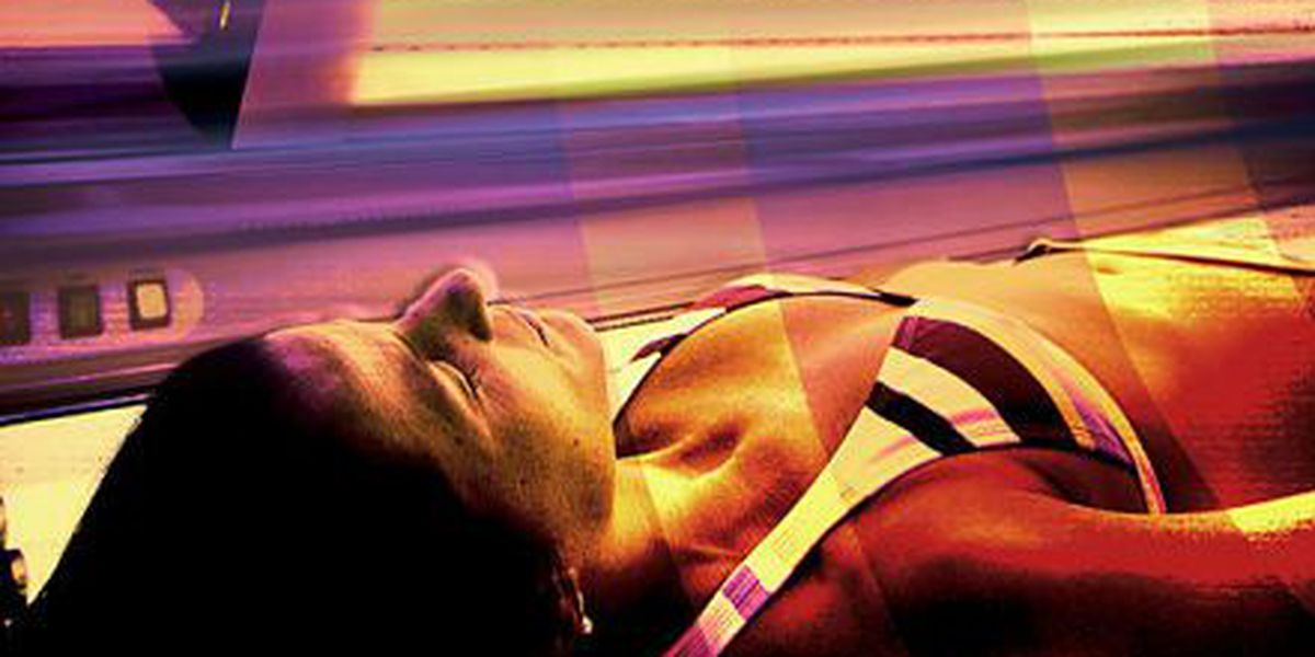 Anti-cancer group: Ban tanning beds for younger than 18