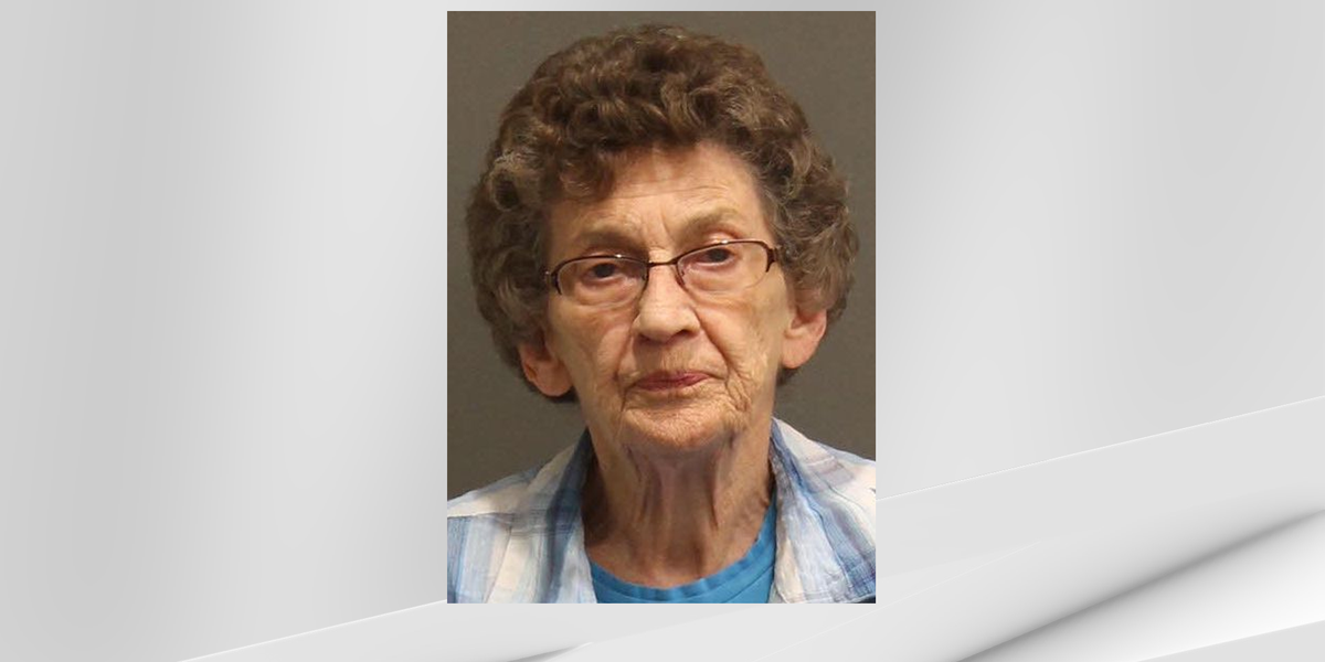 Report: 'Fed up' liquor store owner, 88, accused of shooting alleged shoplifter