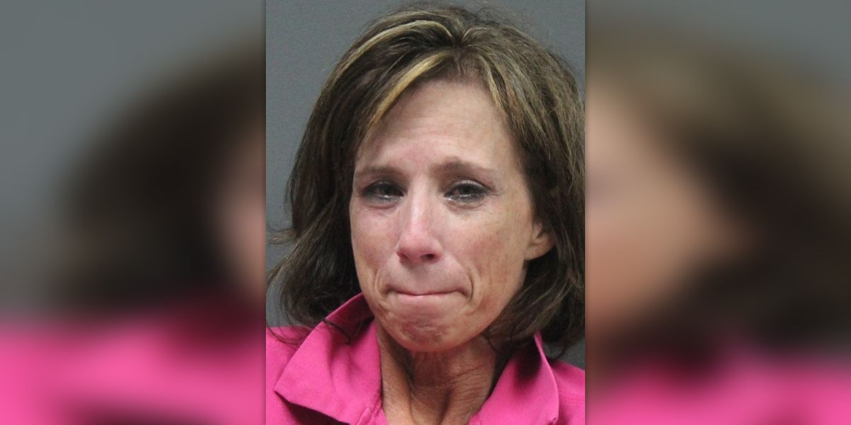 Former DeSoto County Schools teaching assistant arrested for molestation in school parking lot