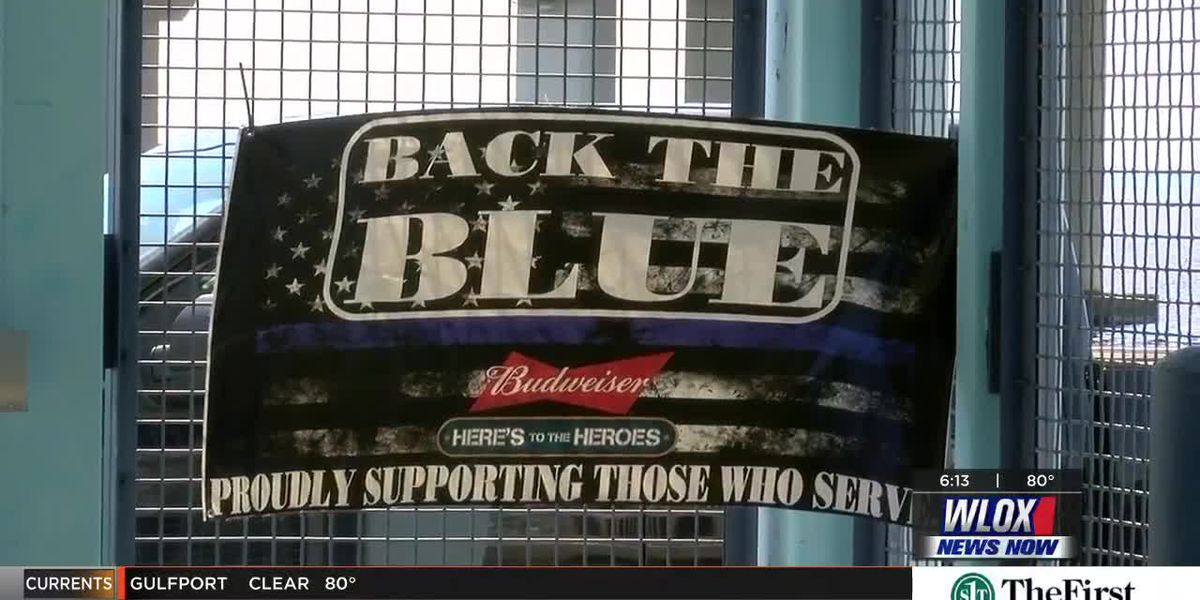 Back the Blue Breakfast celebrates law enforcement with lunch