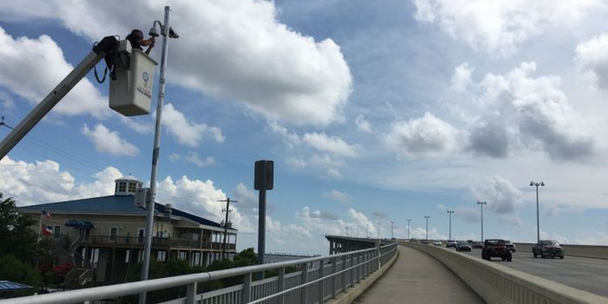 Security cameras go up on Biloxi-Ocean Springs Bridge