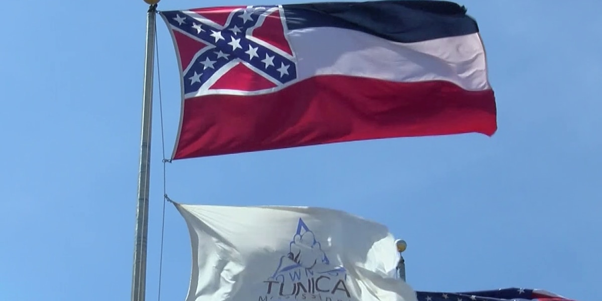 Miss. black caucus calls for immediate change of state flag