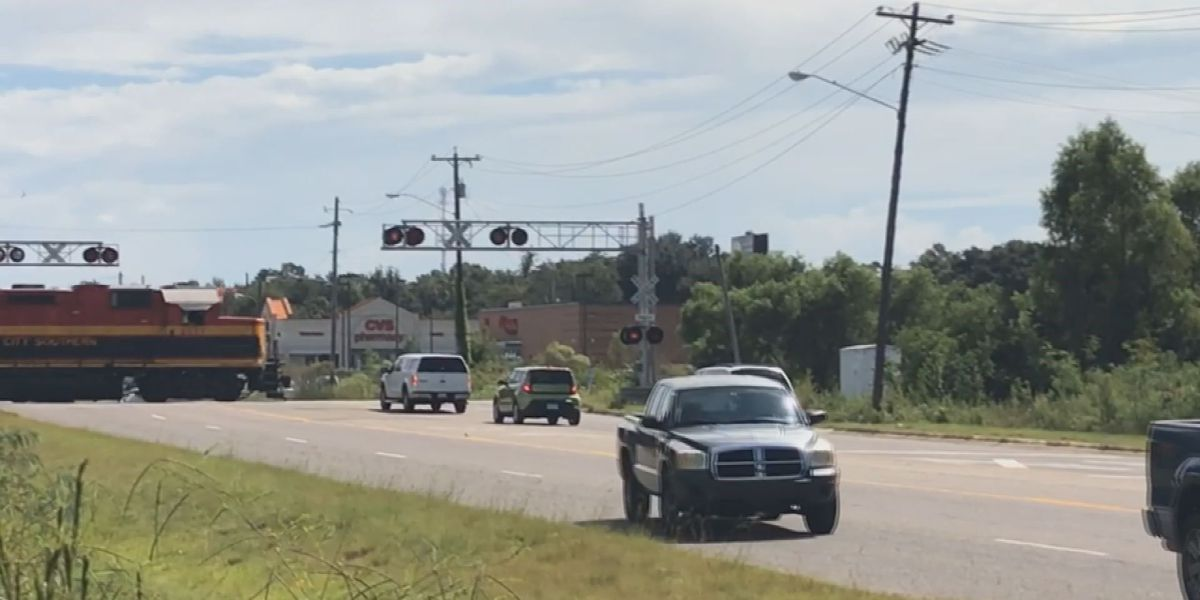 Railroad safety exercise aims to educate drivers