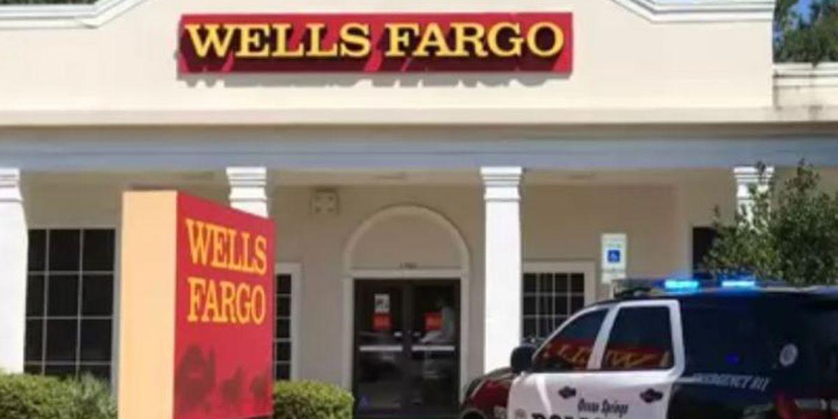 Bank robbery reported in Ocean Springs