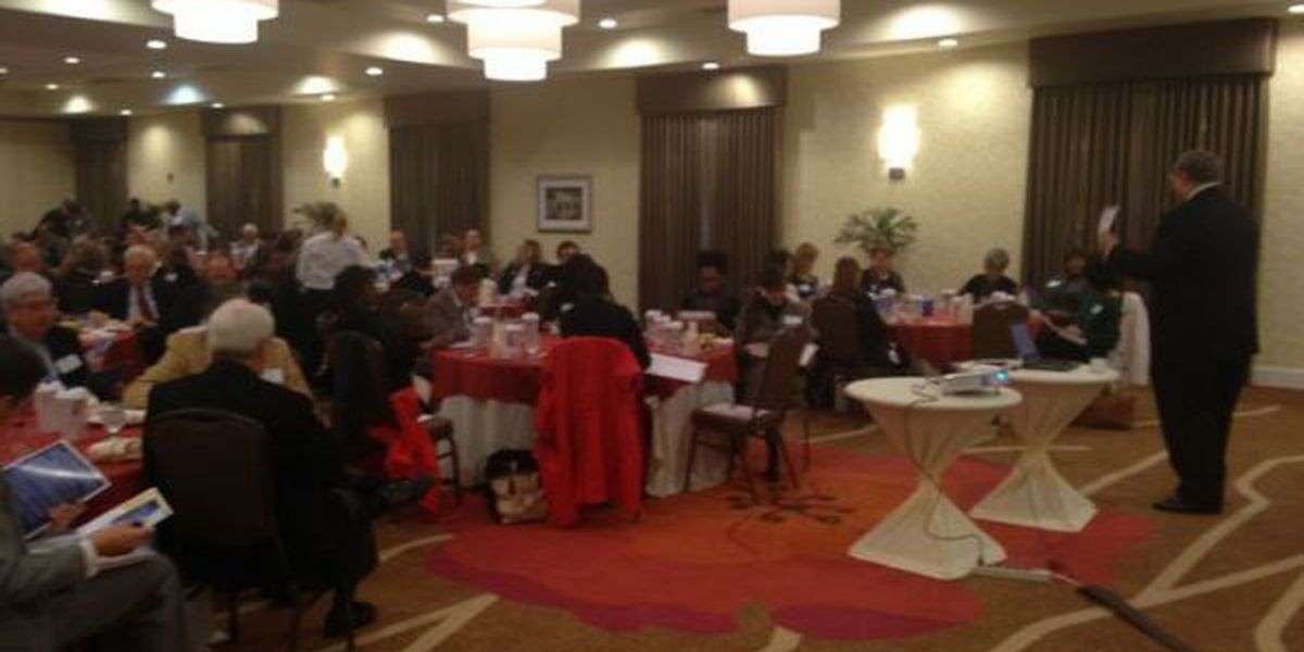 Jackson Co. leaders gather to talks business over breakfast