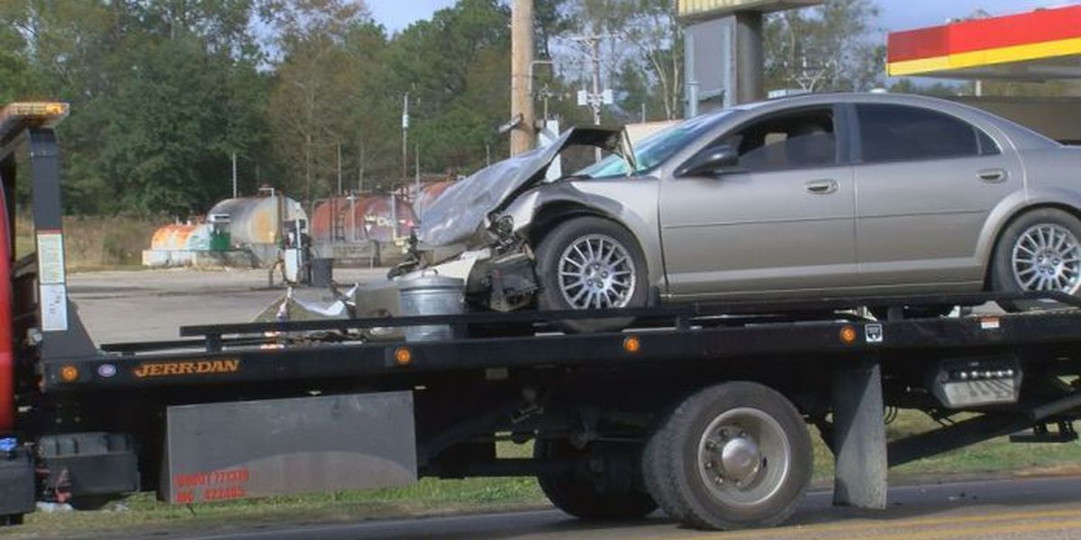 Nine people involved in Christmas wreck on Hwy. 603