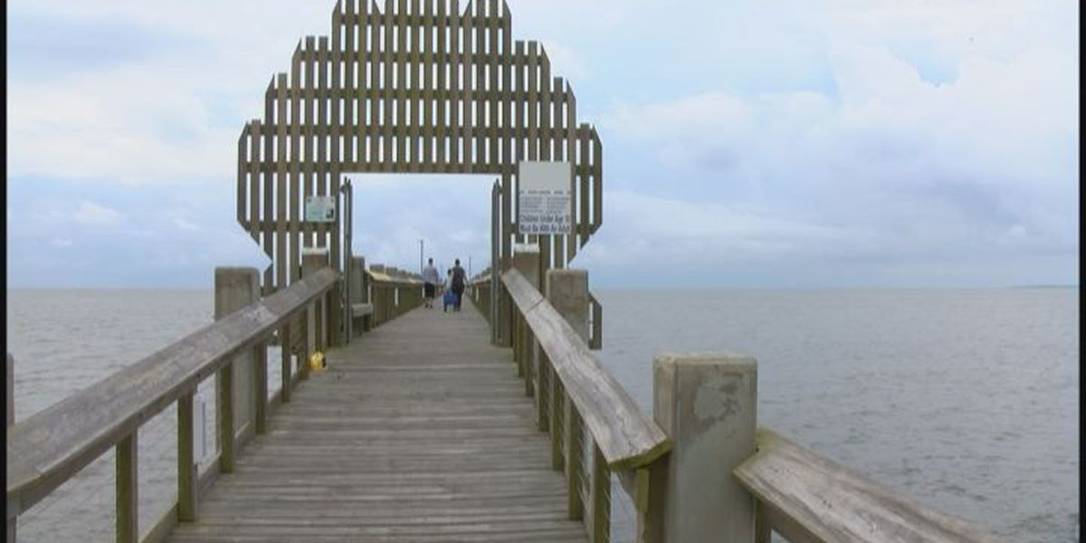 Pascagoula's Beach Pier Plaza re-opens