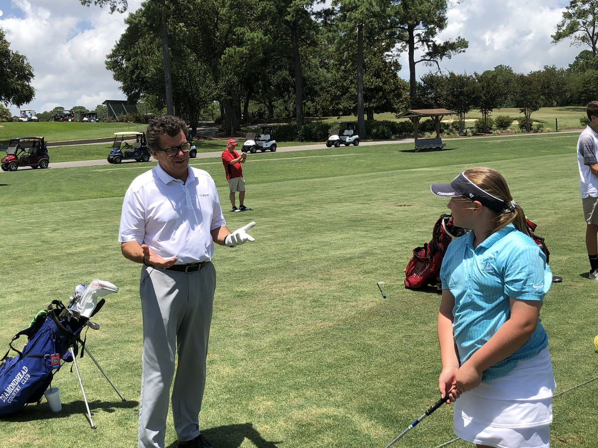 Coach shares love of golf with kids at Diamondhead Country Club