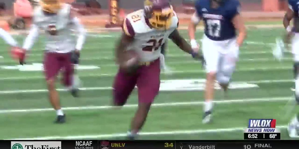 Pearl River Picks Up Dramatic Win On Homecoming