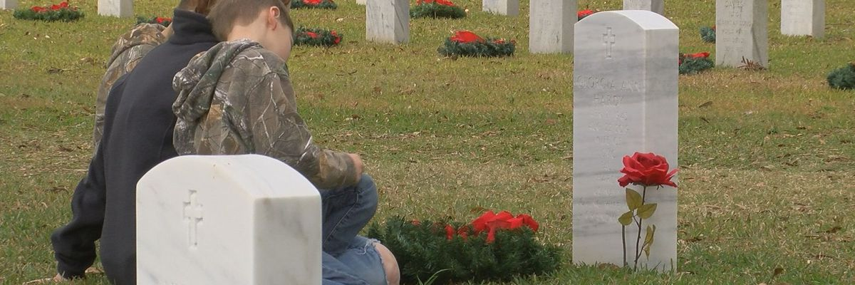 Thousands of wreaths placed in Biloxi National Cemetery
