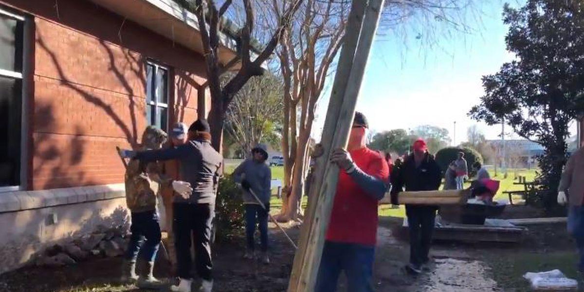 Volunteers help spruce up 'brain break area' at West Elementary